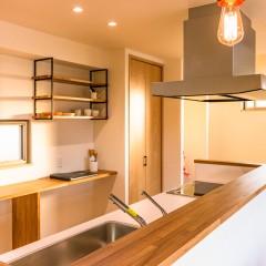 ファミリーボックス・ユートピア設計が建てた36坪台の施工事例-キッチン