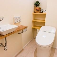 ファミリーボックス・ユートピア設計が建てた36坪台の施工事例-トイレ