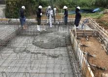 建物の土台となる、基礎(ベタ基礎)も打ち込み完了してます。