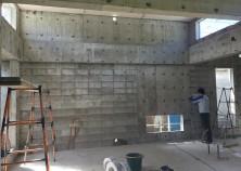 梁スラブ枠の解体が終わりました。 これから内部工事に入ります。