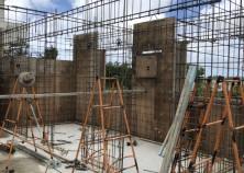 ~壁鉄筋組~ 内枠が建ったら 壁に鉄筋を配筋していきます!