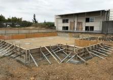 基礎下地の整地・基礎枠組み完了。この状態だと、まだまだお家のイメージはつきにくいです。