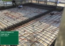 R階打設前検査が完了しました! R階(屋上)は断熱性を高めるために、室内天井側に断熱材を敷き込みます(^^)/