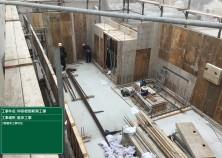2階躯体工事へと進み、外壁の型枠組が完了しました! これから鉄筋工事~電気設備配管を経て室内側の壁型枠を返し、屋上スラブへと移っていきます(^^)/