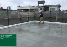 足場の解体前に、JIOによる瑕疵保険の躯体検査を行いました! 検査は無事に合格!おもに、屋上の仕上げ状態や、水が溜まらないか等を確認します(^^)/