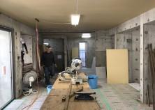 内部大工工事が開始しました。